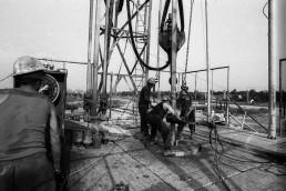 1974. Szeged, Móraváros városrész, olajkút fúrása.