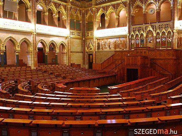 parlament01_gs