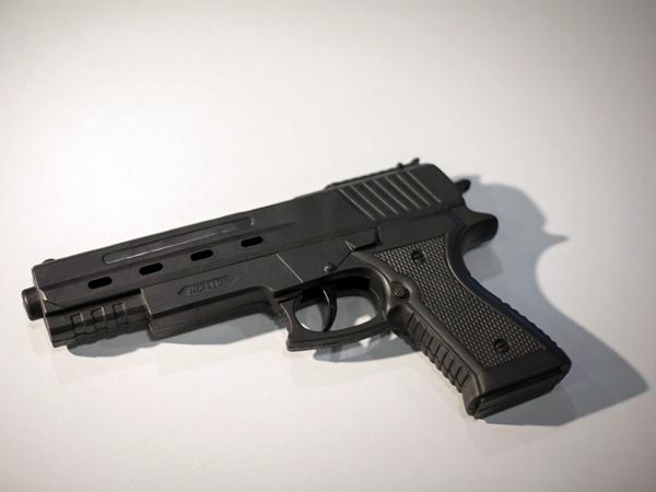 fegyverneklatszotargy02_tek_mti_mb