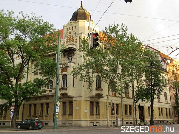 sagvari_endre_gy_gimnazium02_gs
