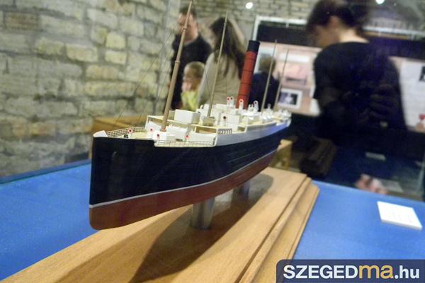 SZS20131018_titanic_kiallitas_megnyito_005