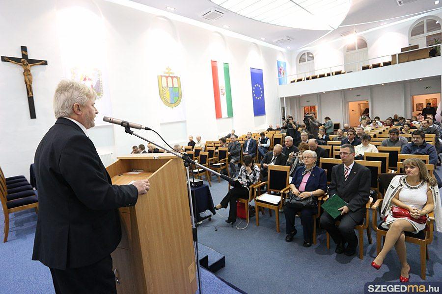 lengyel_konferencia03_gs