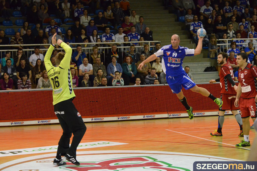 SZS20140319_pick_szeged_csurgo_047