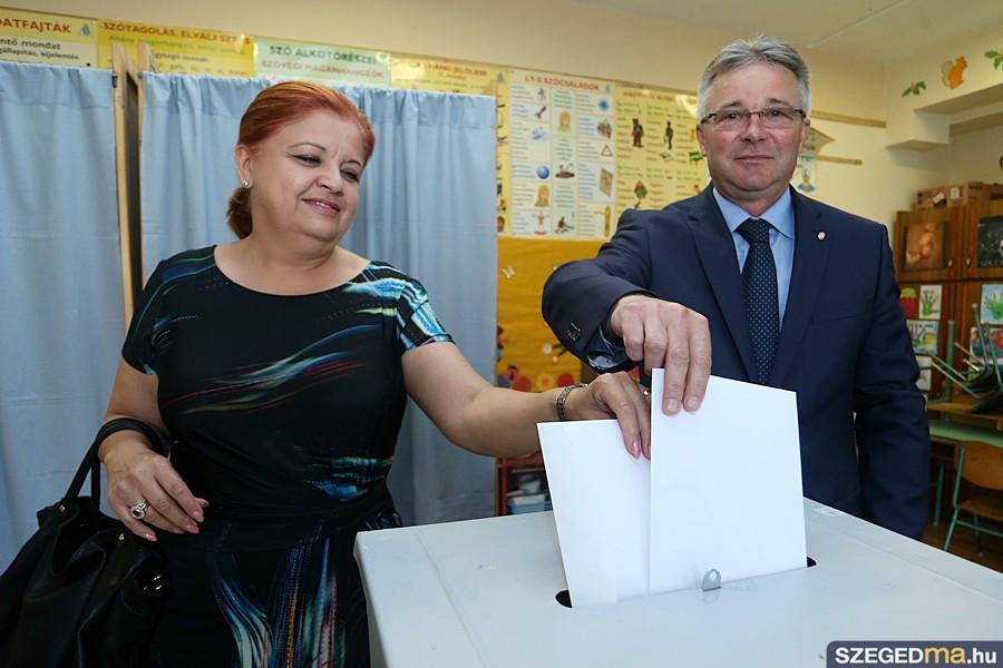 b_nagy_laszlo_ep_szavazas02_gs
