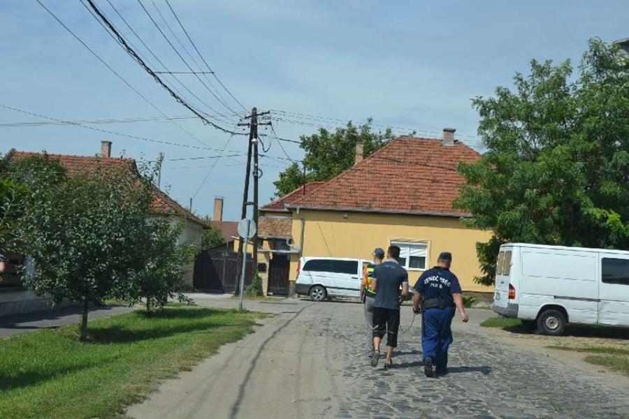 kalvaria_trafikrablo007_police