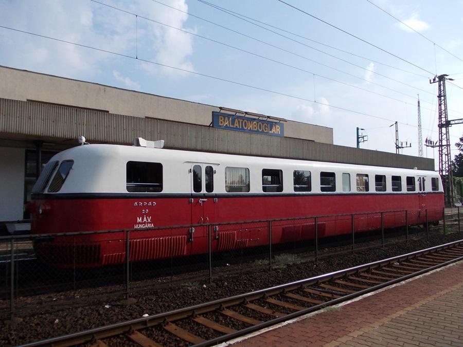 Árpád sínautóbusz