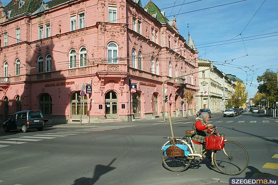 ovoda_kontra_jatekkaszino02_gs