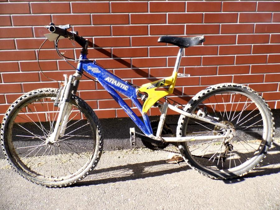 lopott_bicikli_mako_police_01