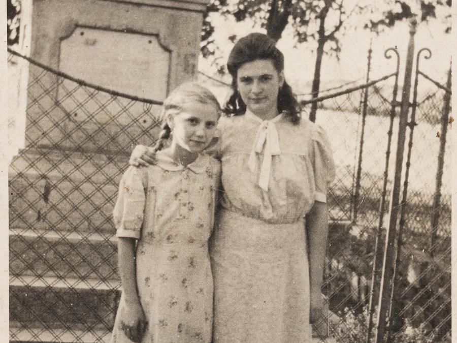 A kereszt előtt, 1940-es évek