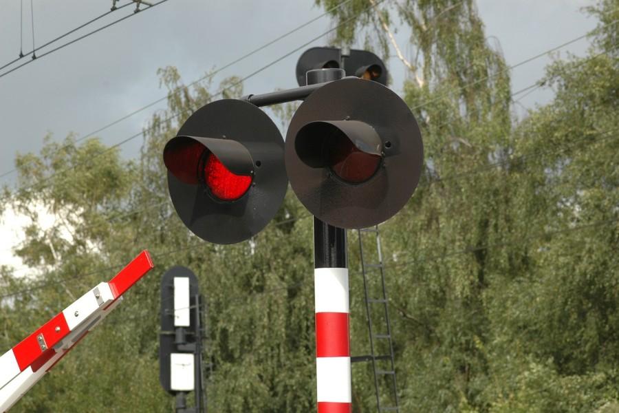 sorompo_allj_stop_piros