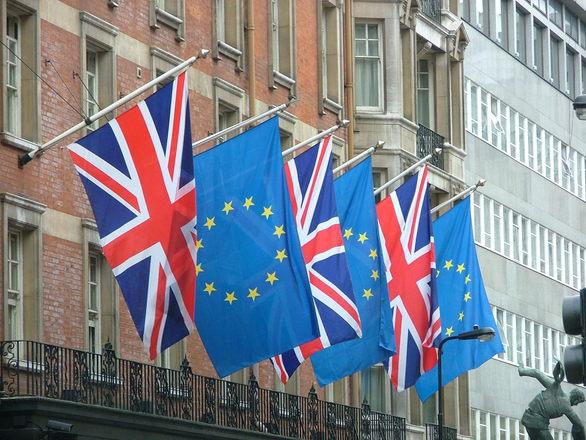 brit_eu_zaszlo