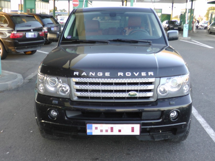 korozott_range_rover_police