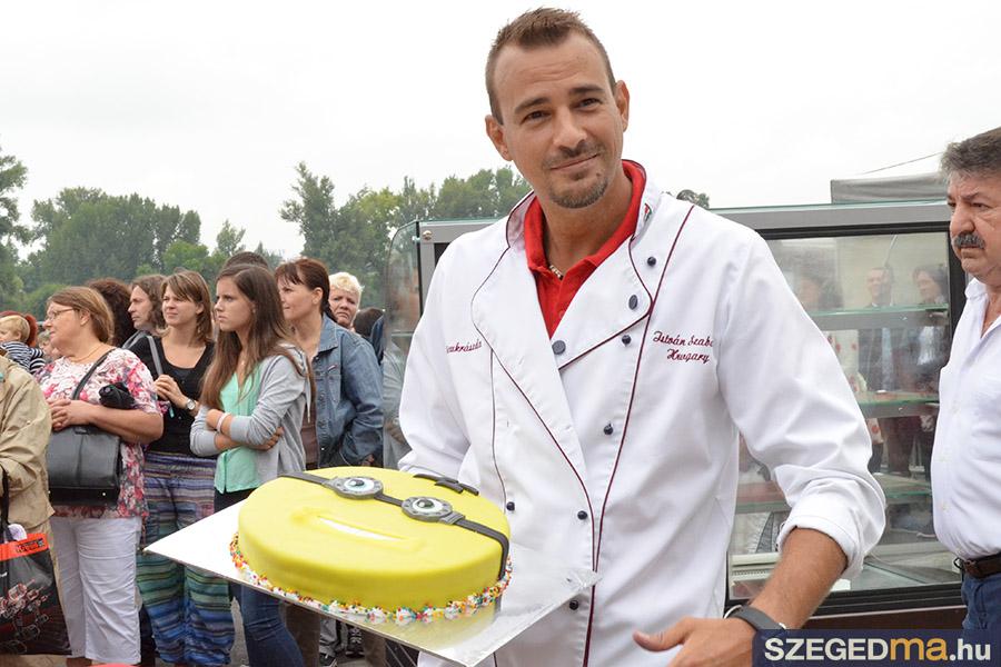 SZS20150820_szeged_tortaja_022