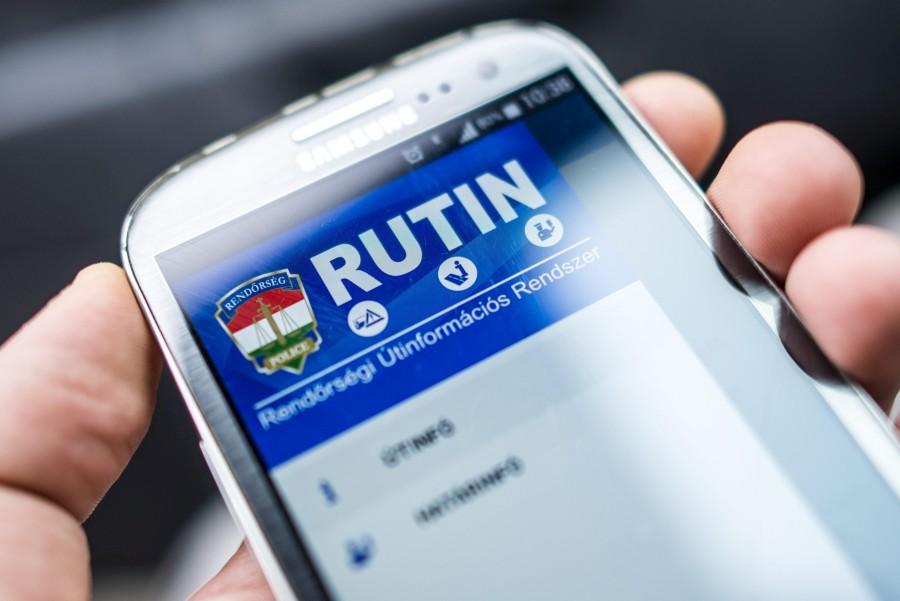 Útinformációs mobilapplikációt fejlesztett ki a rendõrség