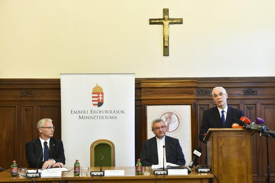 Soltész Miklós; Balog Zoltán; Veres András