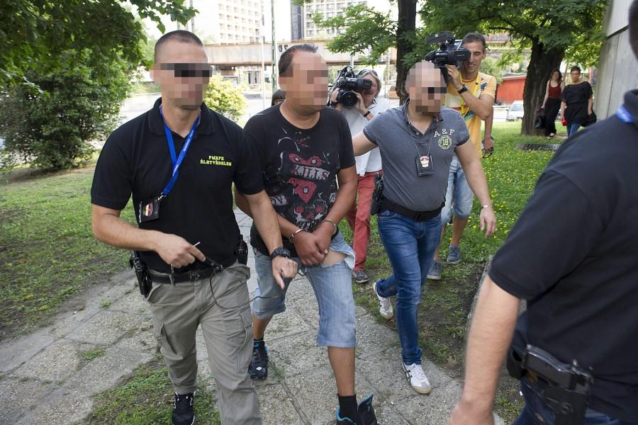 Elõzetes letartóztatásba helyezték az autórablót, aki egy