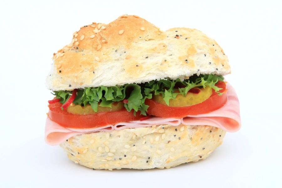 szendvics_reggeli_tizorai_etel