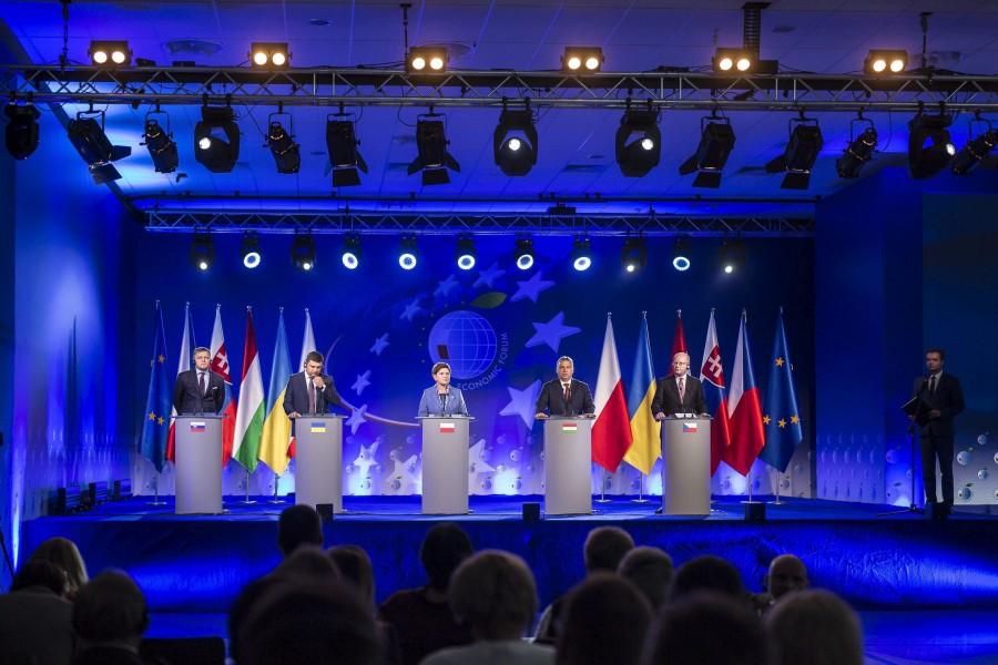 Orbán Viktor; FICO, Robert; HROJSZMAN, Volodimir; SOBOTKA, Bohuslav; SZYDLO, Beata