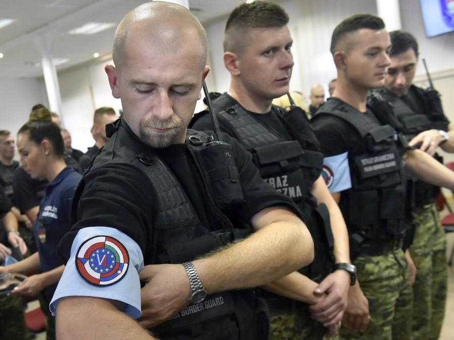 Illegális bevándorlás - Lengyel rendõrök érkeztek Magyaror