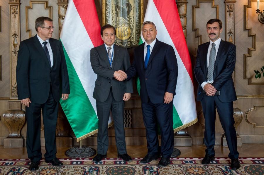 Urbán László; Orbán Viktor