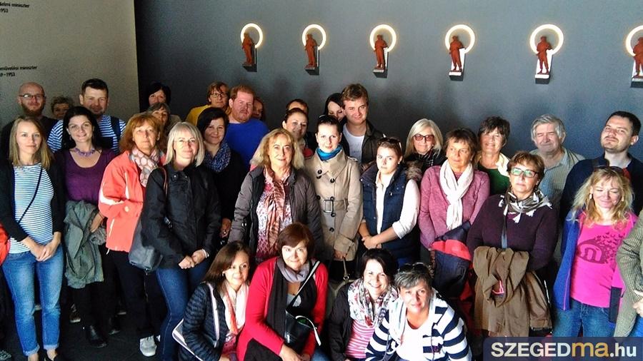 szlovakiai_muzeologusok_emlekpont_16-09-23_001