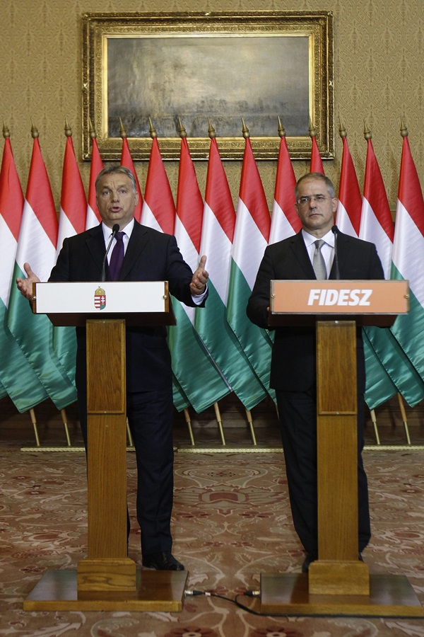 Kósa Lajos; Orbán Viktor