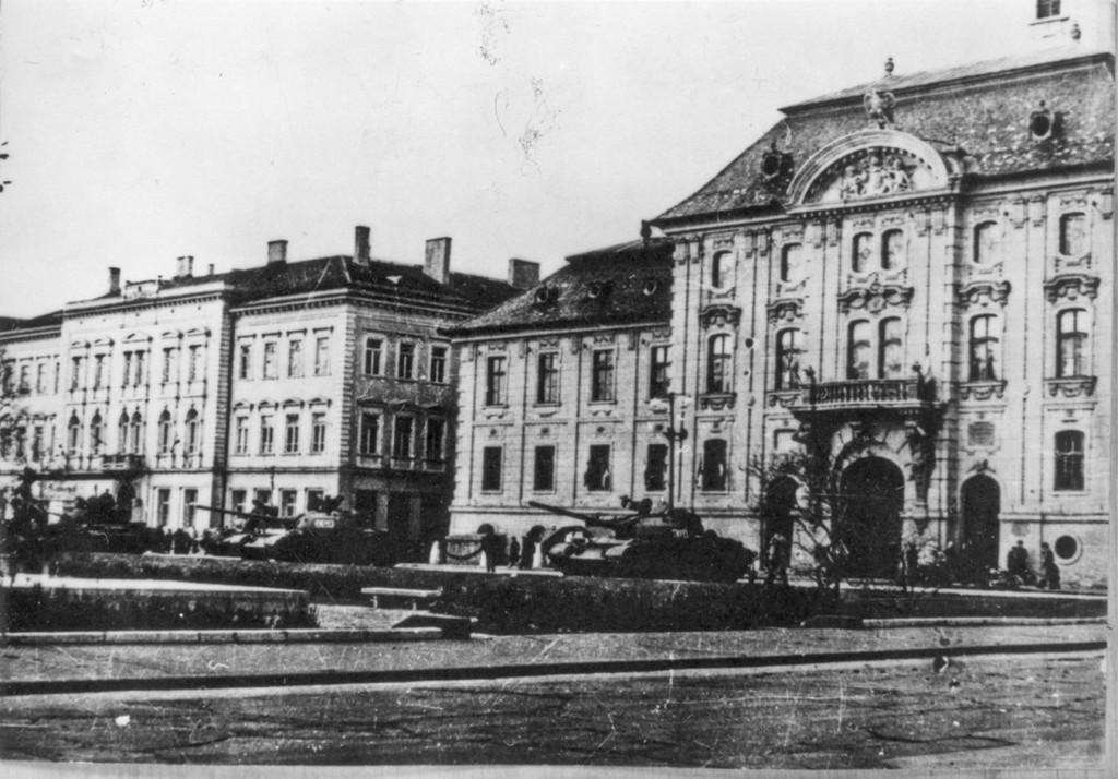 tankok_Széchenyi tér_mfm_t26483