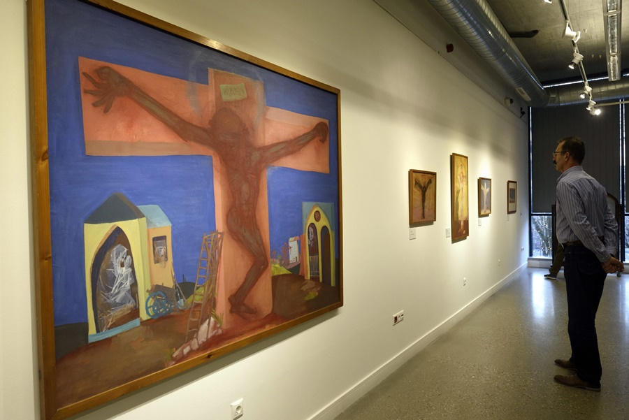 Kondor Béla alkotásaiból nyílt gyûjteményes kiállítás H