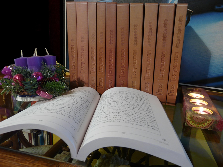 kezzel_masolt_Biblia_5