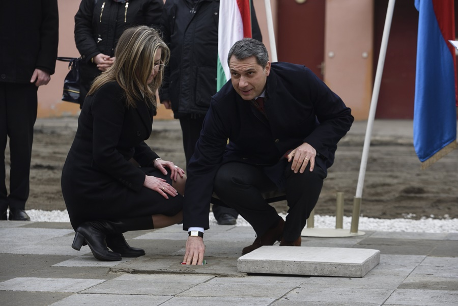 Makovecz Imre; Lázár János; Farkas Éva