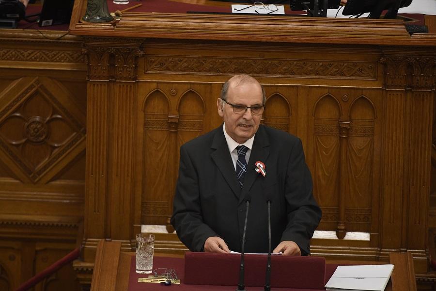 Majtényi László