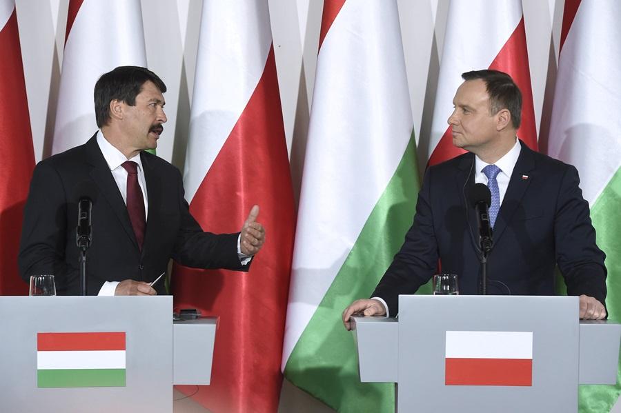 DUDA, Andrzej; Áder János