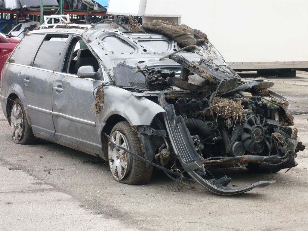 auto_roncs_baleset