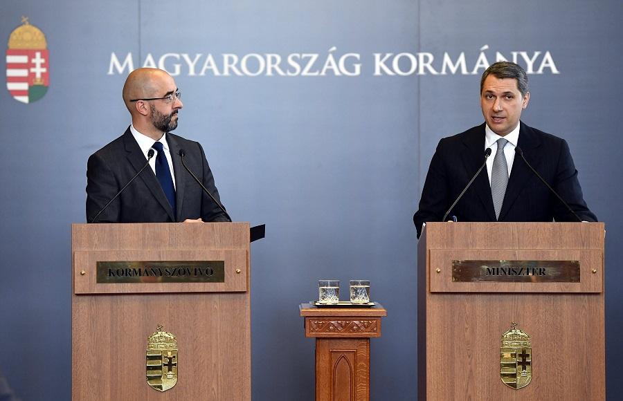Kovács Zoltán; Lázár János