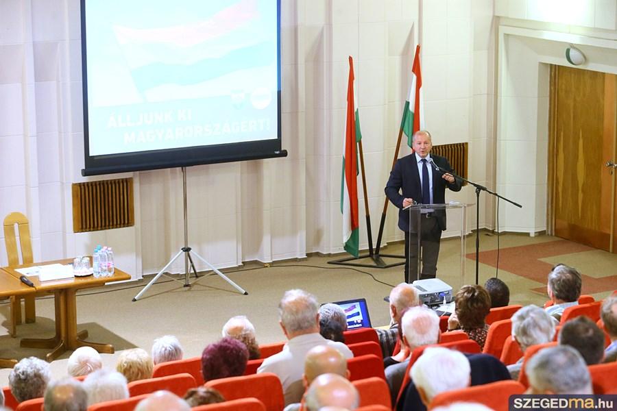 simicsko_istvan_nemzeti_forum19_gs