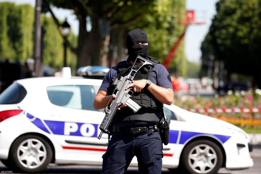 parizs_terrorizmus_rendorseg