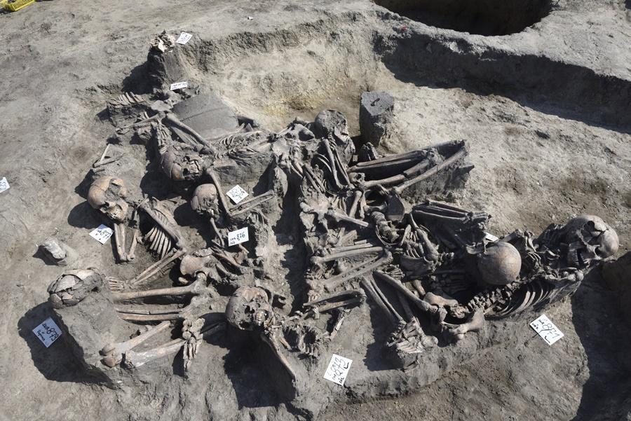 Különös sírt találtak a régészek Hódmezõvásárhely kö