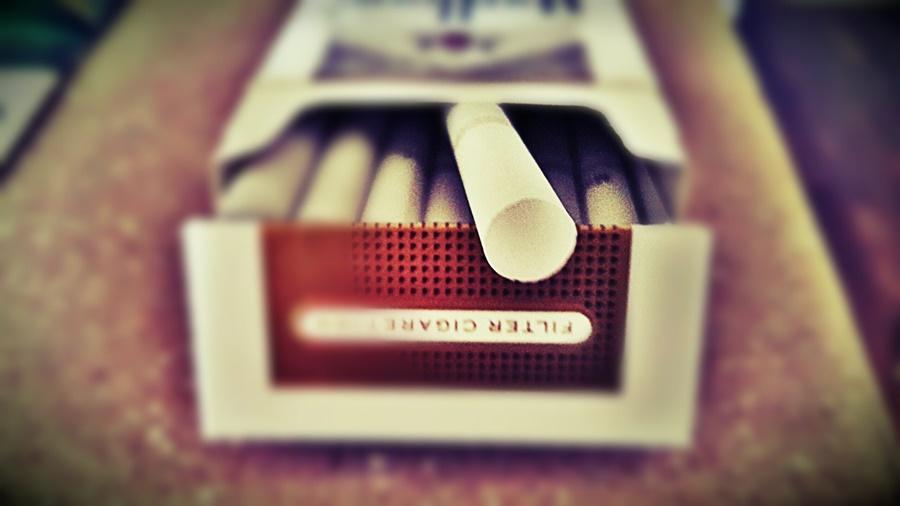 cigaretta_dohanyzas_fust