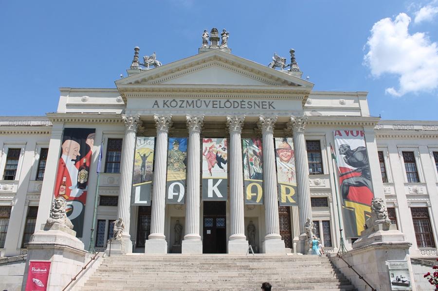 mora_muzeum