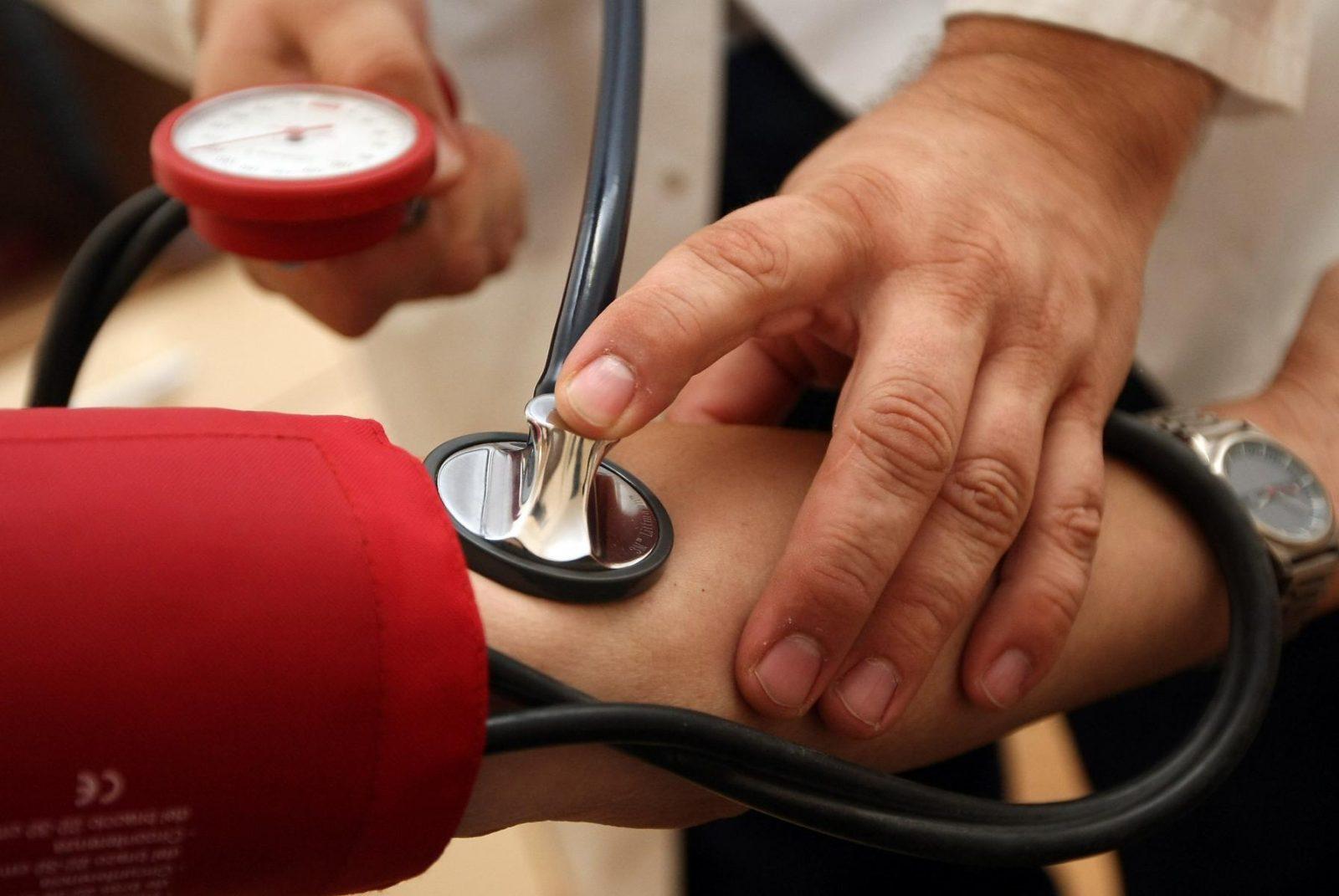 krónikus magas vérnyomás 3 fok magas vérnyomás elleni betegképzés